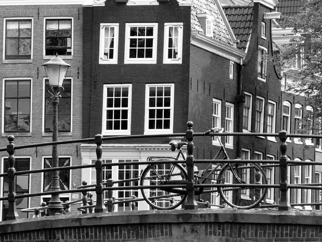 Vlies fotobehang Amsterdam Zwart Wit : Muurmode.nl