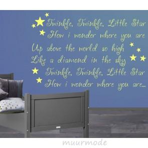 Muurtekst over de sterren